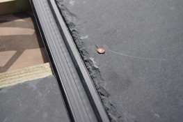 Eliminates the angle of creep and allows slates to be laid on a roof with a pitch as low as 12 degrees.Improves the ventilation of the roof through the slates when used with a breather membrane.Cushions the slates and reduces breakage.400mm long & 100 pe...