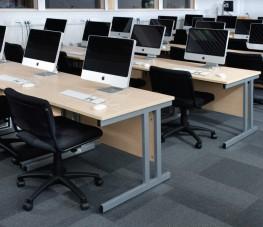 TR1 Rectangular Desk image