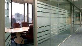 Tenon Fire & Sound is a highly versatile demountable and re-locatable office partition system designed for use in both general office and light industrial areas and is constructed from steel, aluminium and plastic profiles together with plasterboard panels. On...