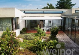 Elegant design and full of brand new technology. With it's puristic shape and ultra-slim cassette, the Cassita II is the perfect awning for modern domestic trends - with various options for added comfort and convenience....