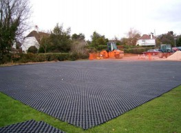 groundtrax-systems_CellPave-AP-Anchored-Ground-Reinforcement-Paver_Images_Image71.jpg