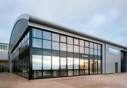 The SC-Frame is suitable for use on low to medium rise facades including large shopfronts and showrooms. where ease of installing large panes of glass is a pre-requisite. The factory made framework offers the advantage of rapid construction on site with minima...