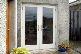 Marvin's Wooden French Aluminium Clad Doors perfectly exemplify the many benefits of aluminium clad doors. The Aluminum Clad Wood French Door has a high performance, extruded aluminum clad exterior which gives you a maintenance free alternative to the tradit...