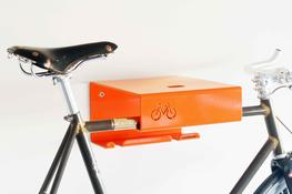 The stylish BikeShelf is a great solution for turning your trusty steed into an eye catching statement for your wall. Perfect for those who have limited storage, the BikeShelf screws into the wall and holds both the bike as well as displaying some books and pl...