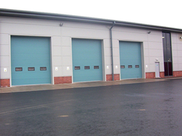 The DF-SOHD door provides safe, reliable and functional access and has extremely good insulation and security benefits. This door opens vertically upwards, allowing clear areas in front of and behind the door and is therefore great for optimising space. The do...