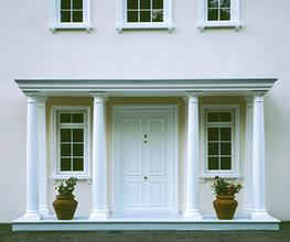 The Exeter is supplied complete with Doric columns, pediment and ceiling with detachable grey roof having an integral gutter, with rainwater spigot and flexible pipe or directing into a standard rainwater pipe. This should be accommodated within the void of th...