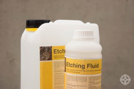 Beeck Etching Fluid - Acid concentrate for removing lime binder deposits from new render and exposing silica for the paint achieve a stronger chemical bond image
