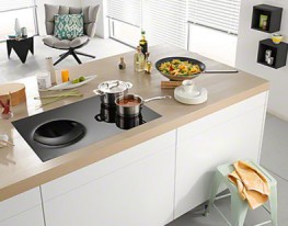Induction hob with onset controls with wok recess and PowerFlex cooking zone for extra versatility & convenience.