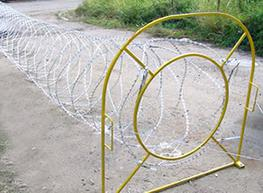 Mobile Razor Wire Security Barrier- Rapid deployment image