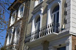 Balcony RailingsCAST IRON - British Spirals & Castings