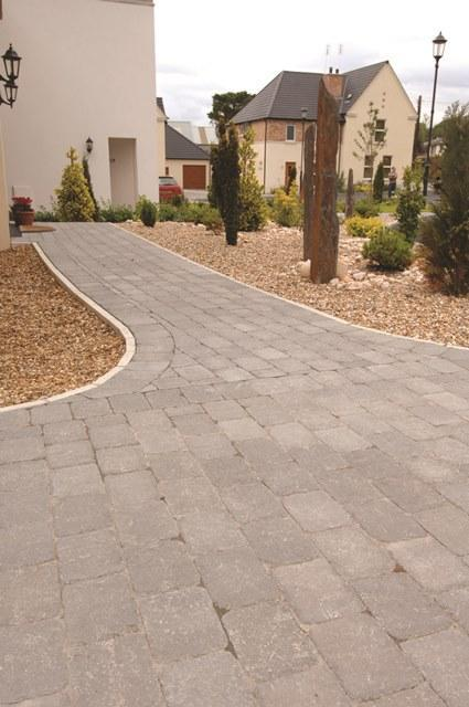 Country Cobble 174 Paving In Slate By London Stone