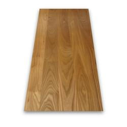 American Red Elm has a reddish brown to dark brown heartwood and a greyish white sapwood. It originates in North America and has a straight, uniform grain pattern.  This prime grade wood is suitable for high-end projects due to its excellent finish and grain p...