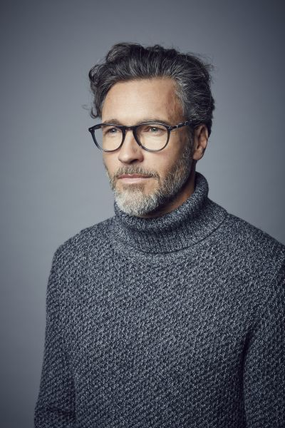 Mens Eyewear Trends 2020.Loveglasses Glasses And Style Trends Specsavers Uk