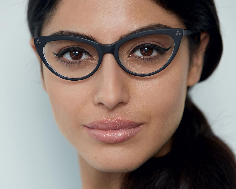 1e15117eee02 Eye Makeup Tips for Specs Wearers