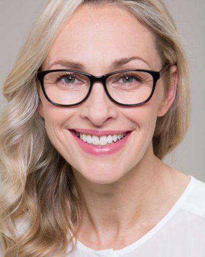 76bcd63b0bda Loveglasses - Make-up tips for specs wearers