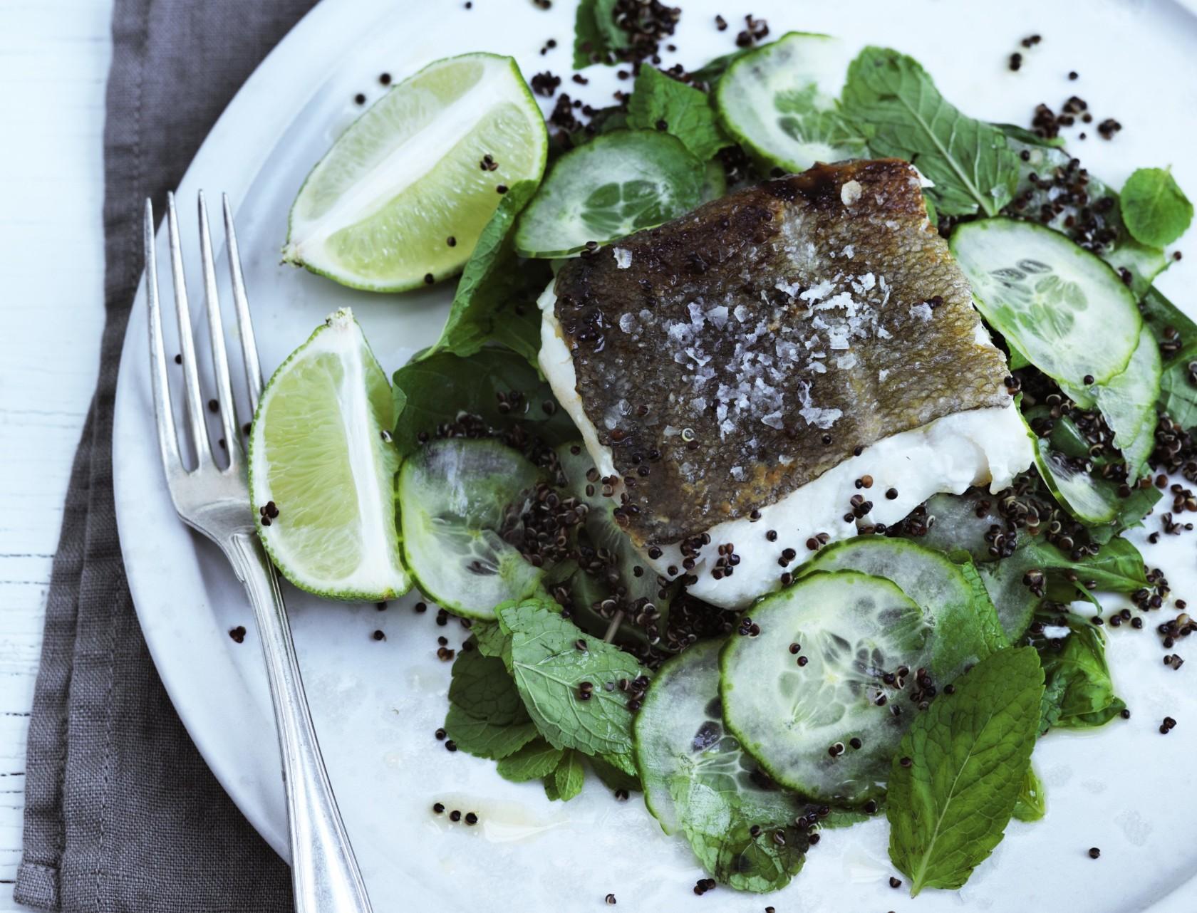 Ristet torsk med quinoasalat