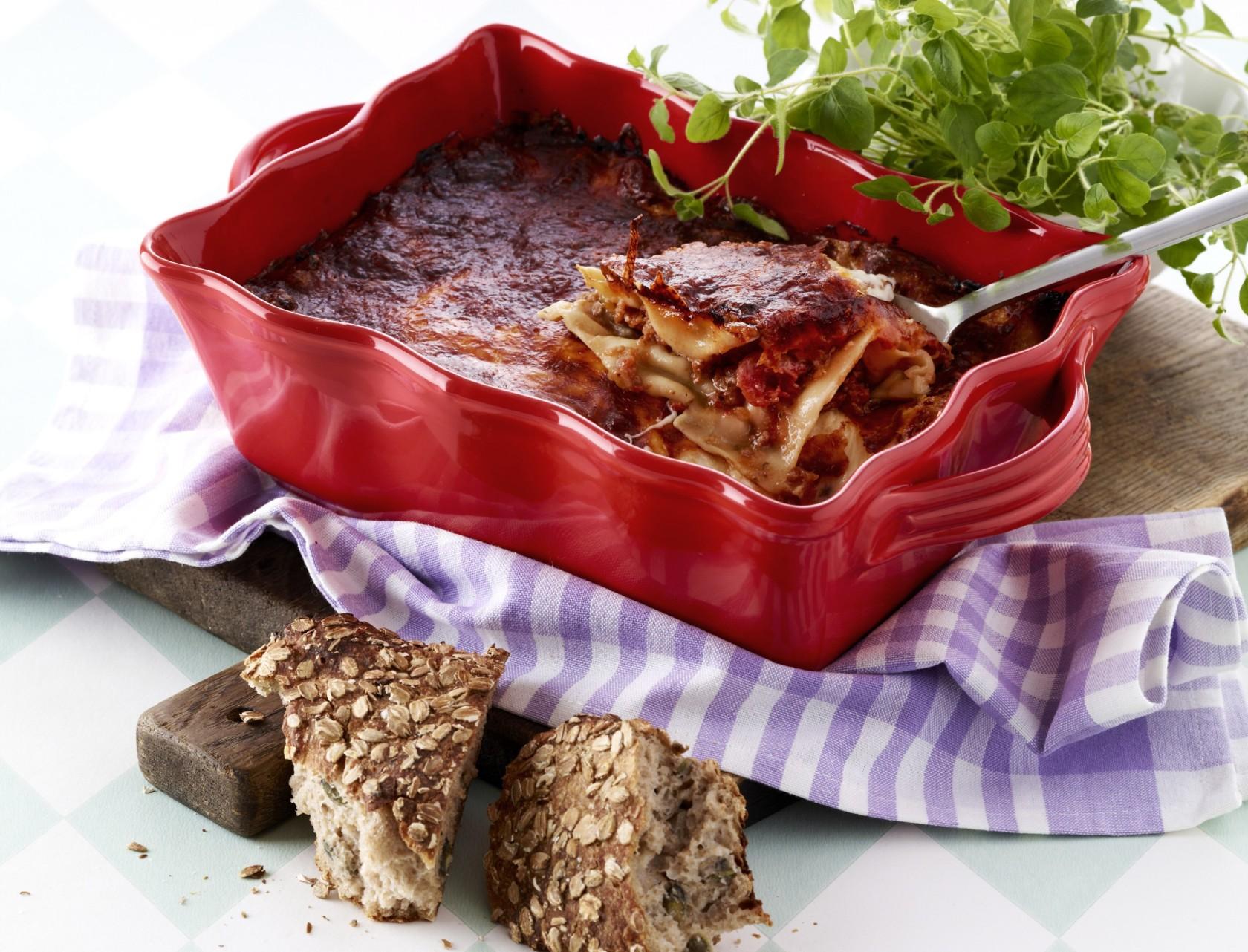 Lasagne med kødsauce og ratatouille