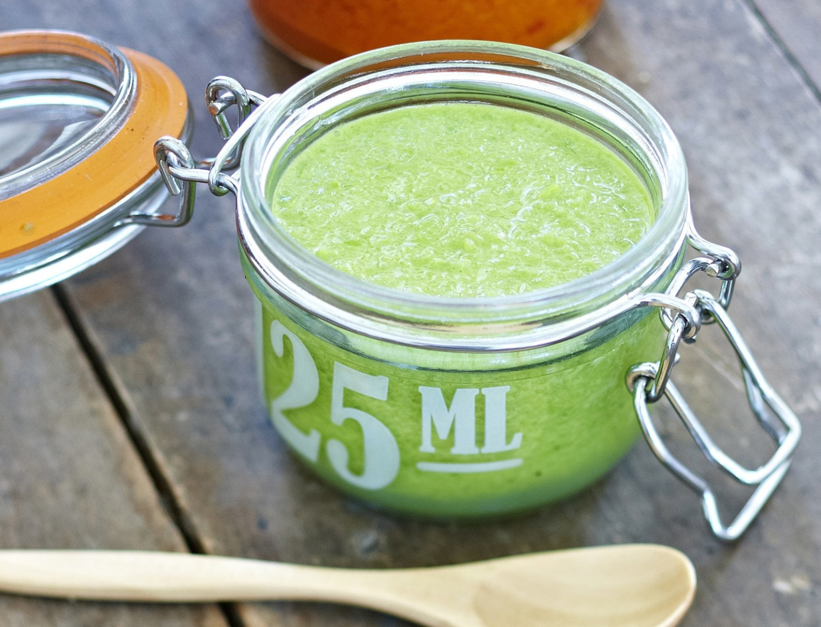 Grøn mojo (mojo verde) - lækker opskrift på dip!