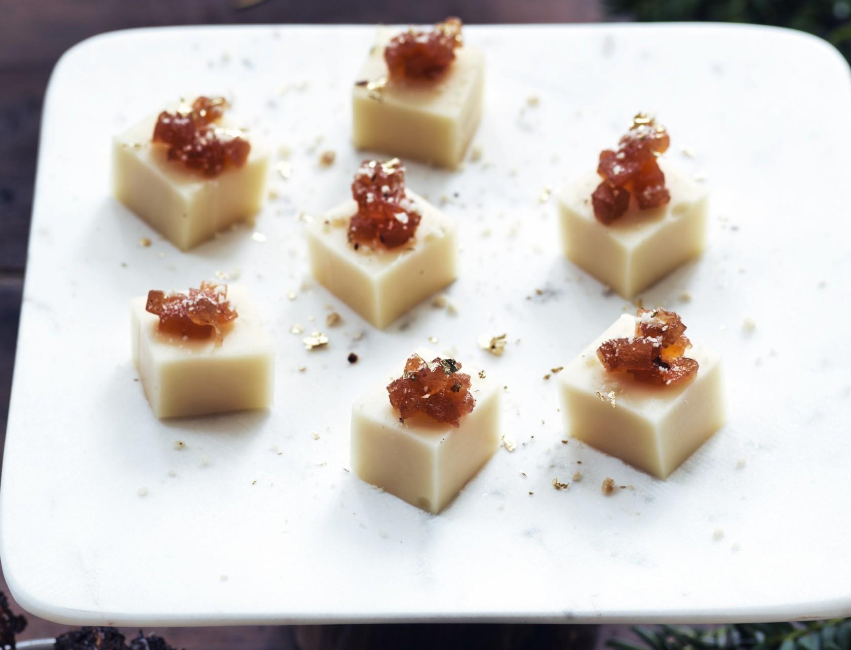 Emmentaler med kvædemarmelade - perfekt som fx appetizer eller dessert.