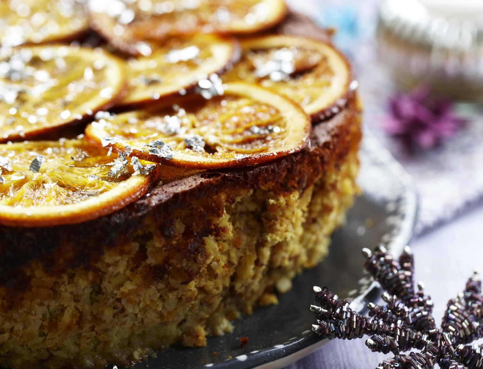 Kage med appelsin og mandler - nem opskrift!