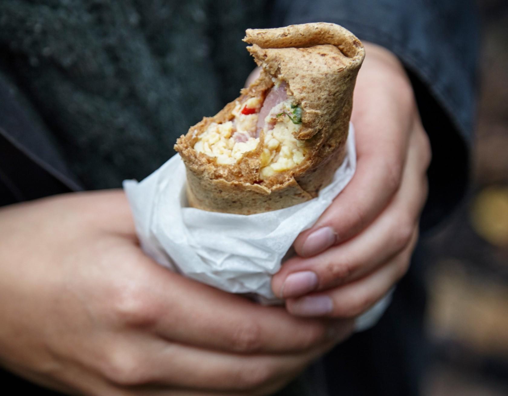 Burrito med æg og skinke - perfekt to-go morgenmad!