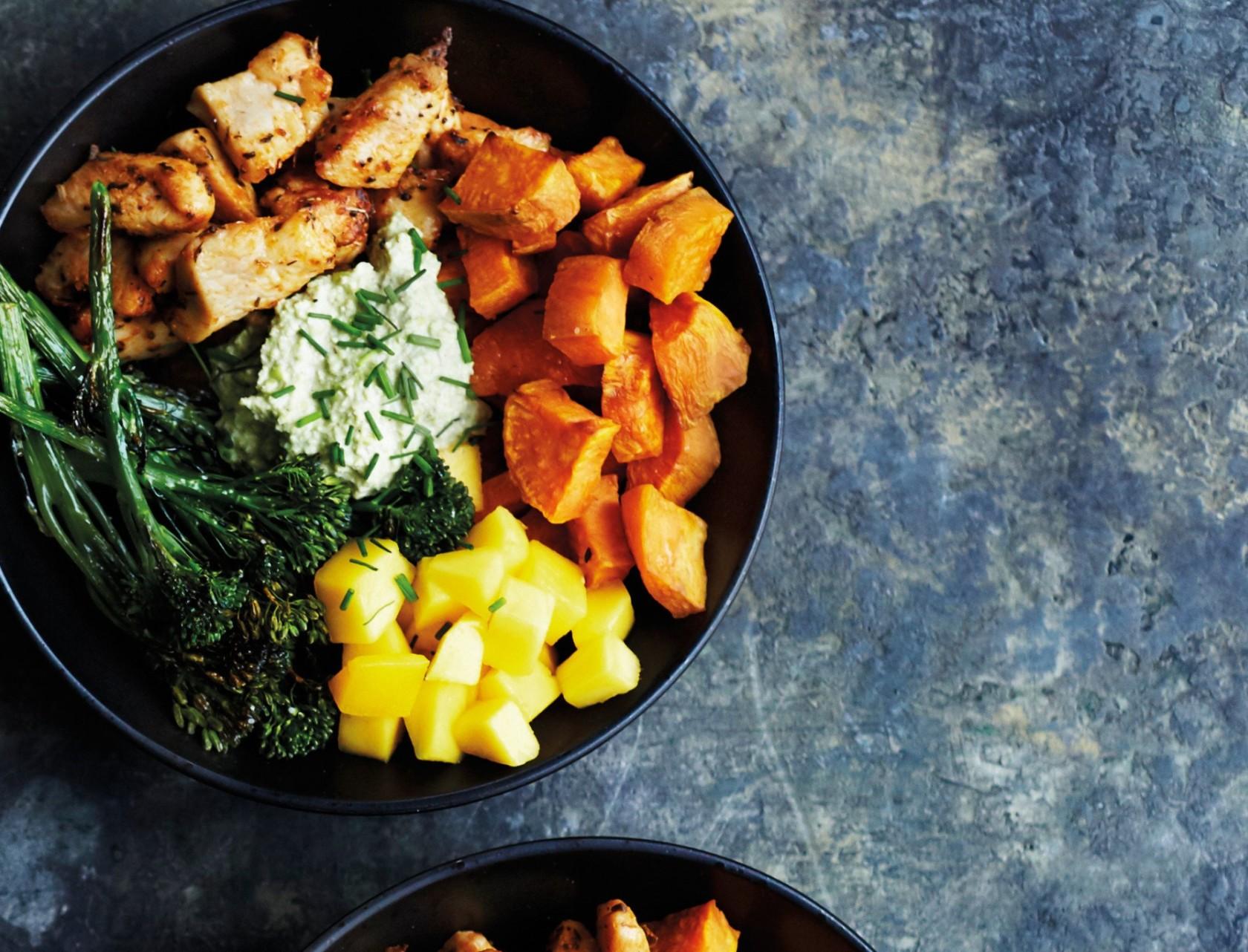 Krydret kylling med søde kartofler og mango - mums!