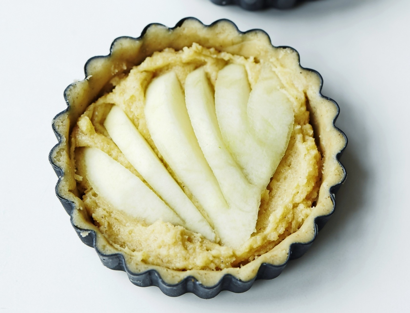 Nemme og lækre pæretærter med ingefær og mandelcreme