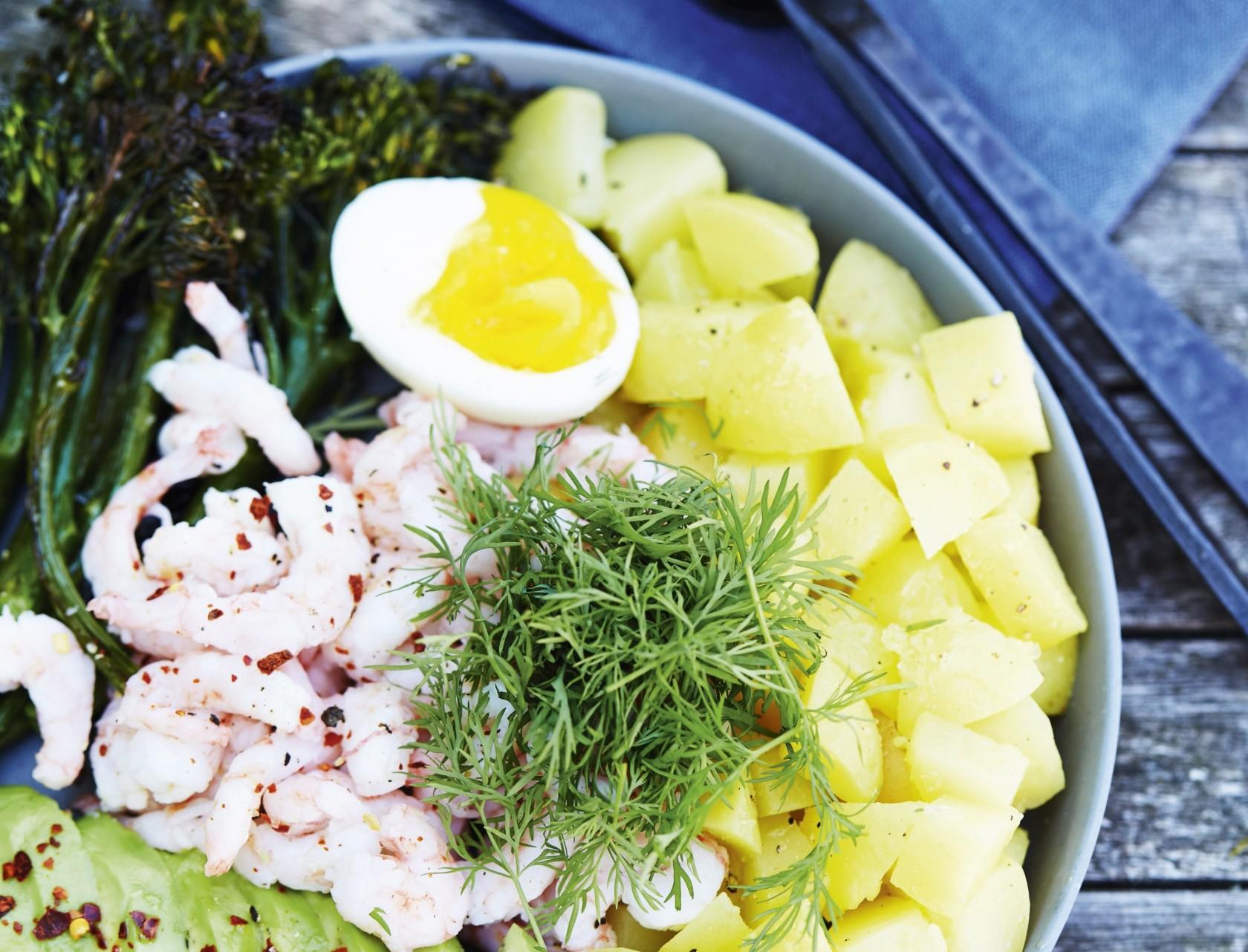 Frisk og lækker rejesalat - få opskriften her!