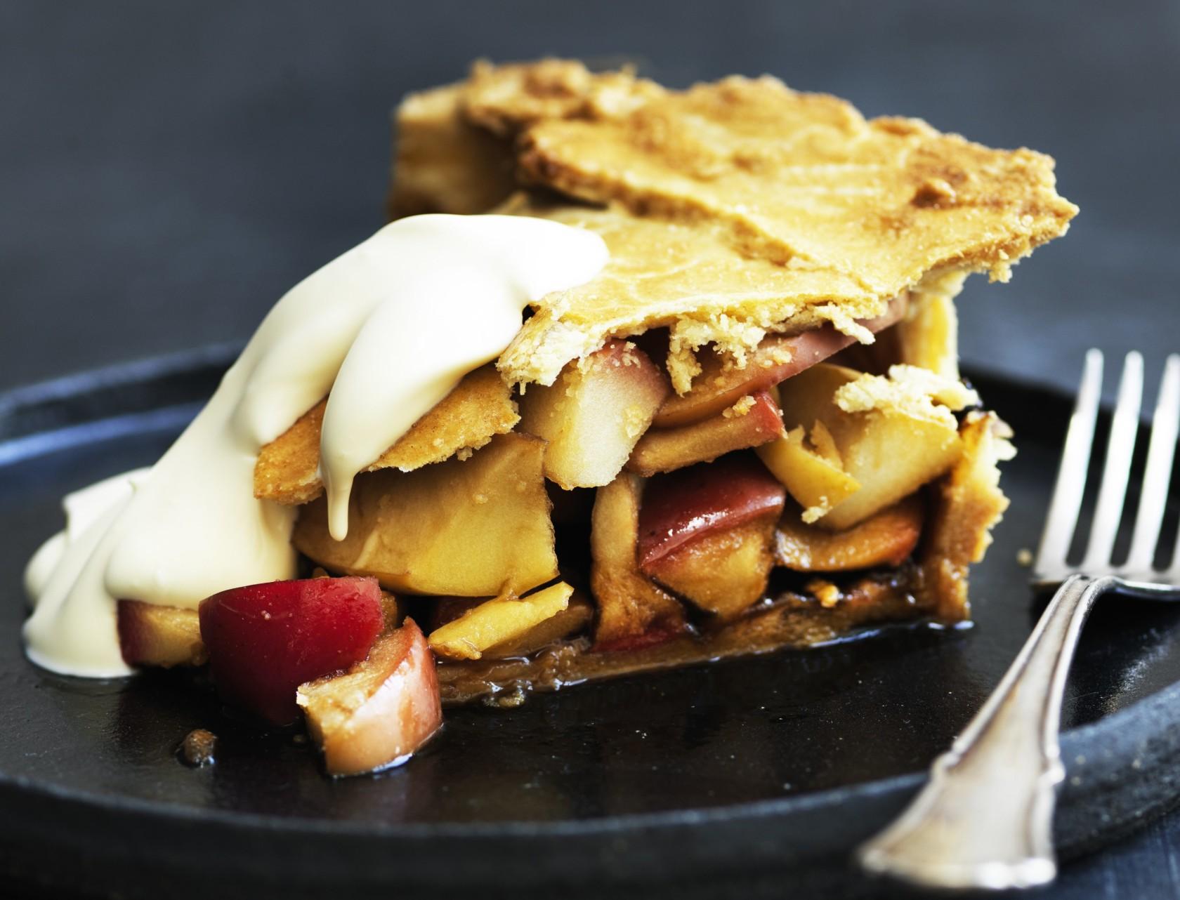 Lækker og saftig apple-pie!