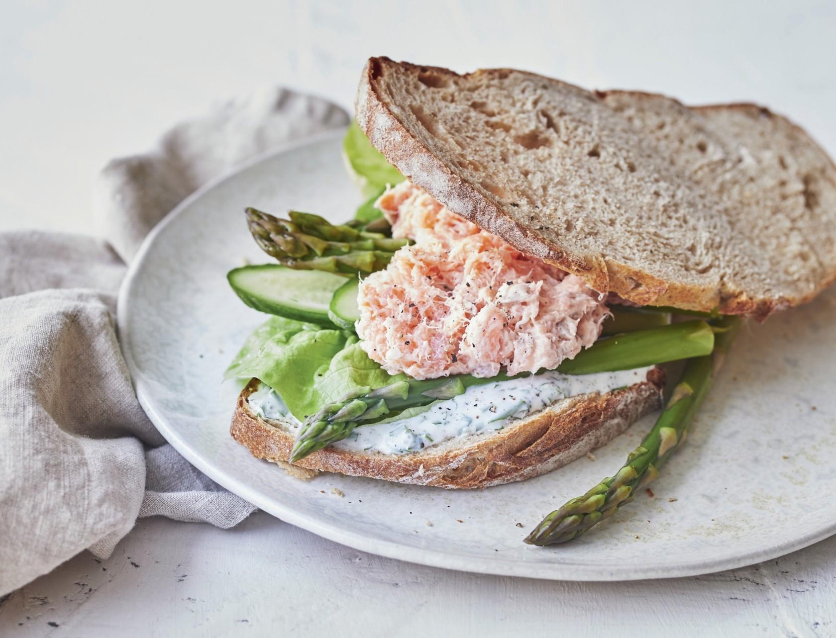 Sandwich med laksemousse - den bedste opskrift!