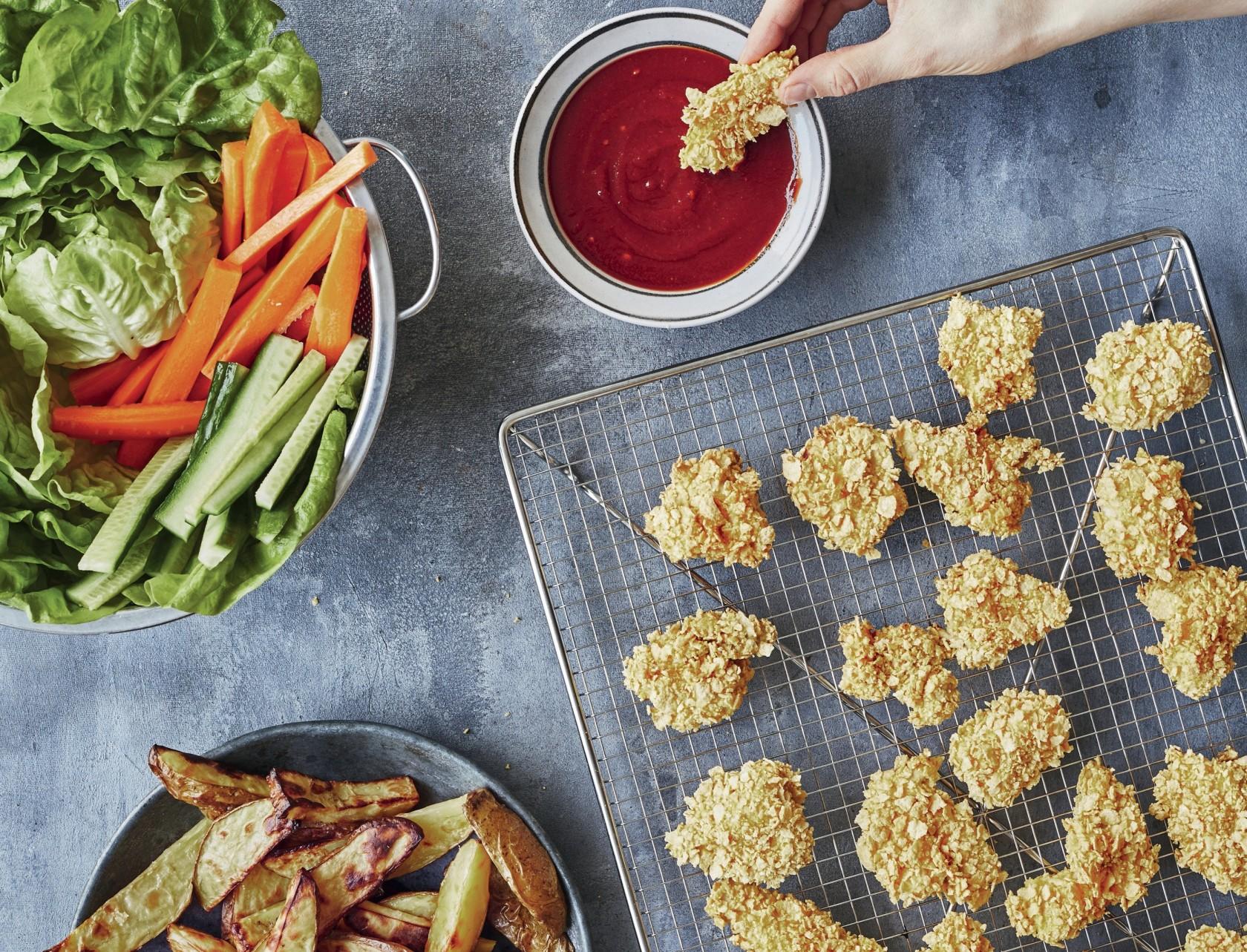 Kyllingenuggets med cornflakes i ovn - den bedste opskrift!
