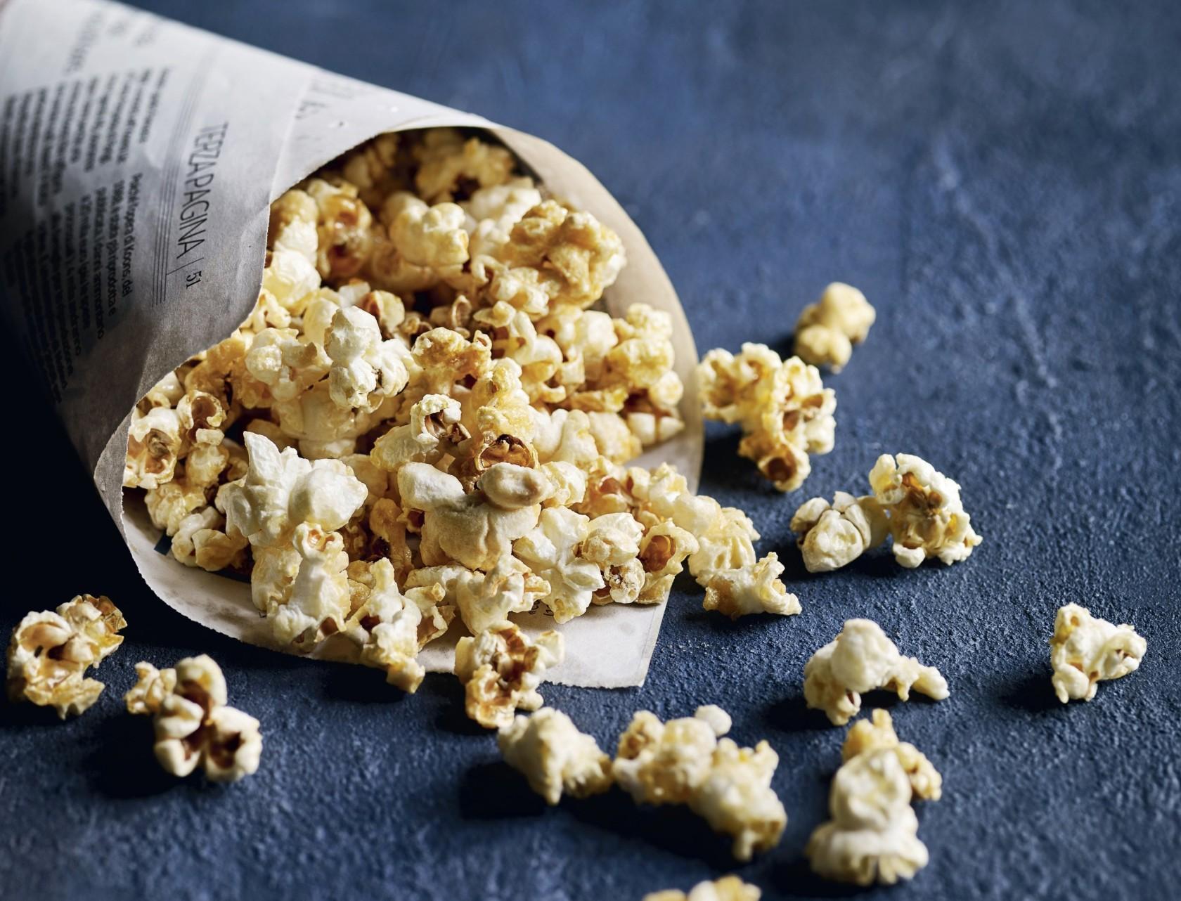 Nem opskrift på lækre popcorn med salt og karamel