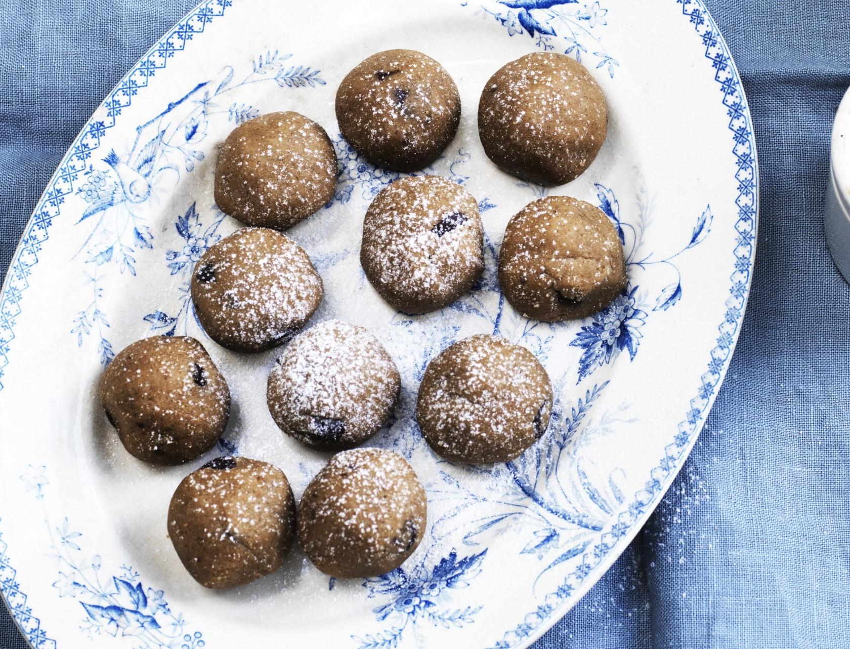 Cookie dough-kugler - nem og lækker opskrift.