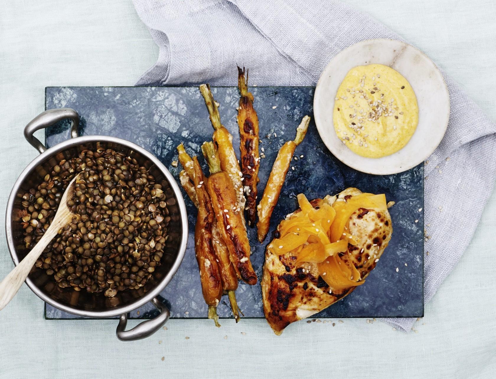 Tandoori-kylling med gulerødder og linser - sund og lækker hverdagsmad