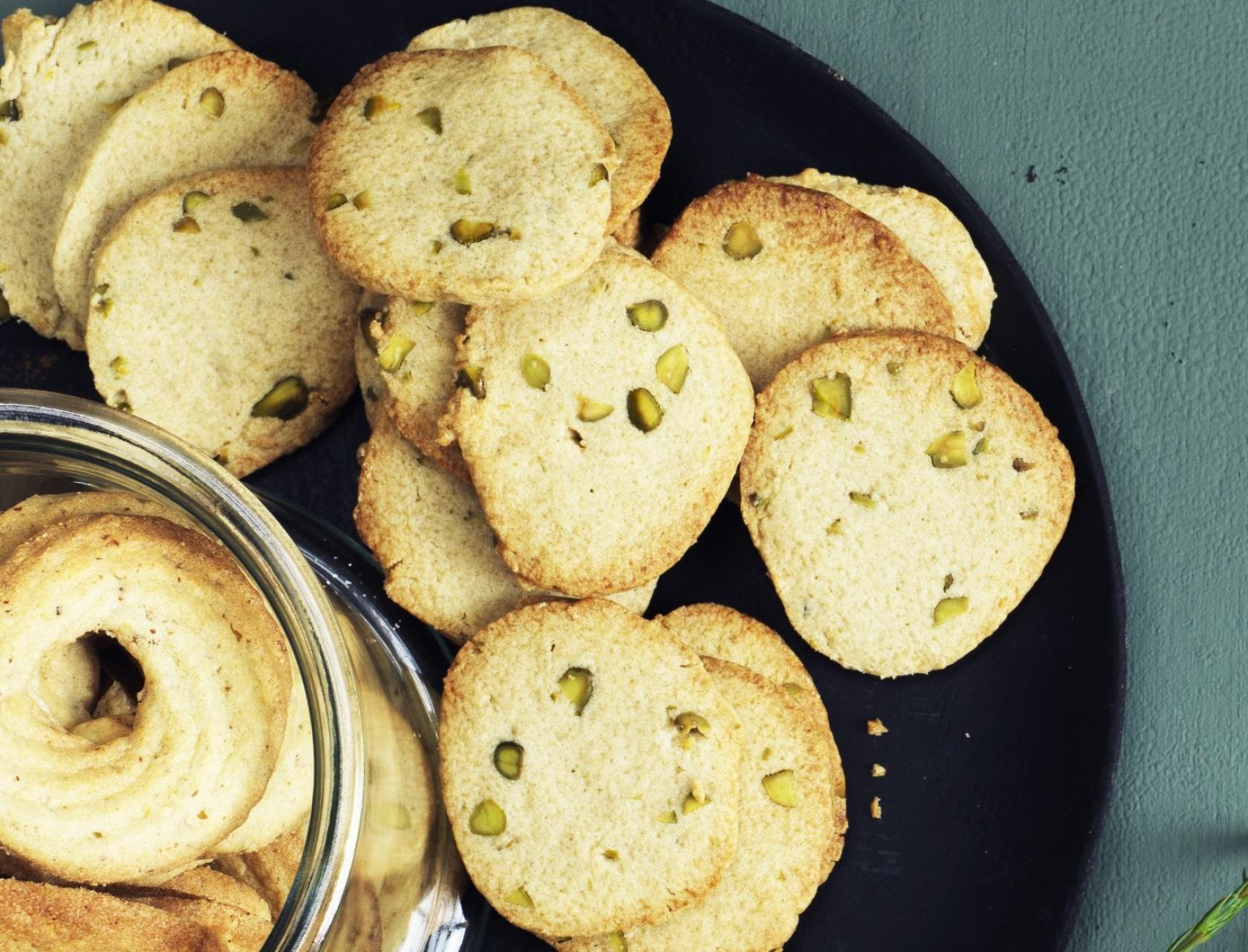 Citronspecier med pistacienødder - god opskrift på julesmåkager