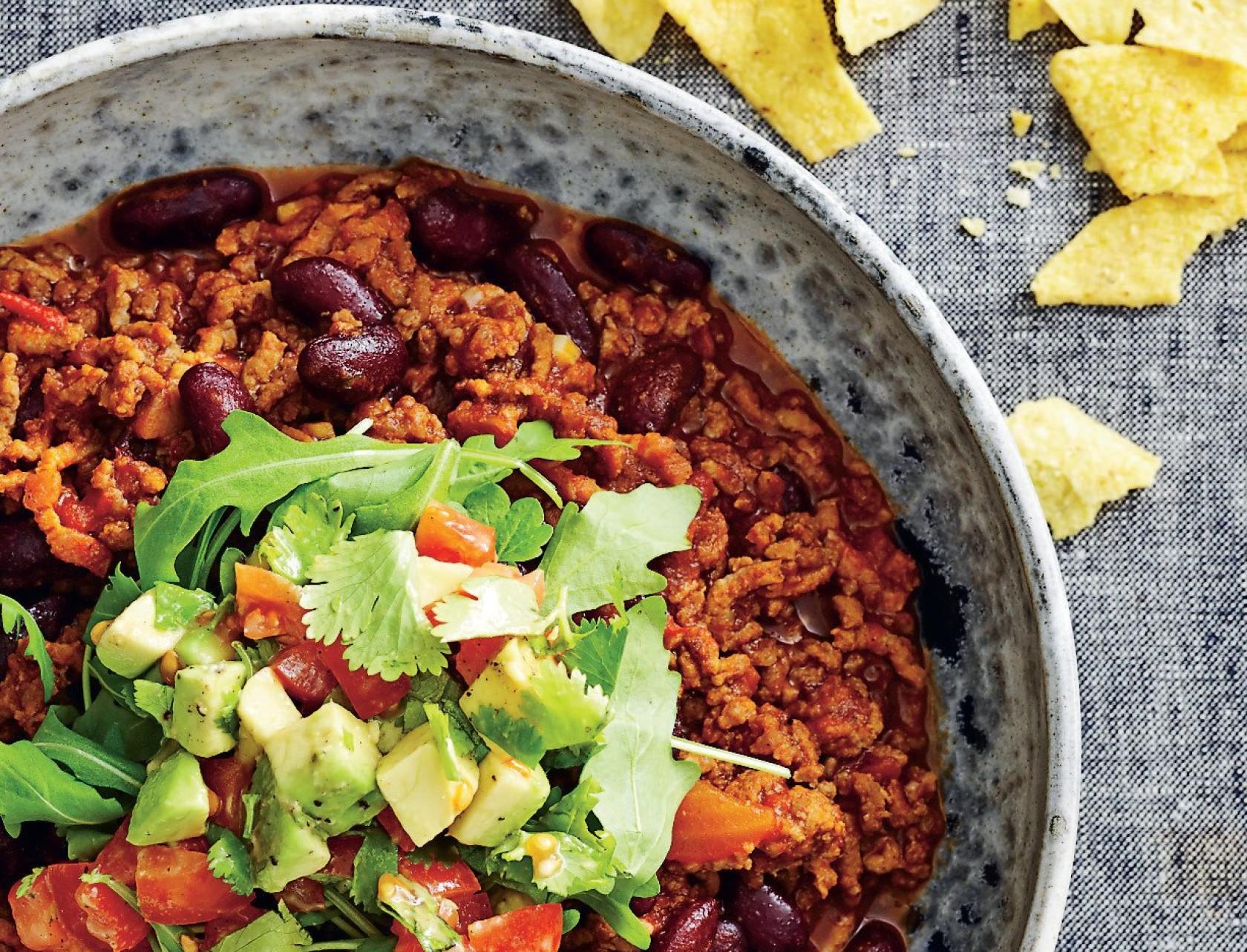 Chili con carne med kalvekød og avocadotopping - virkelig lækker mexicansk opskrift