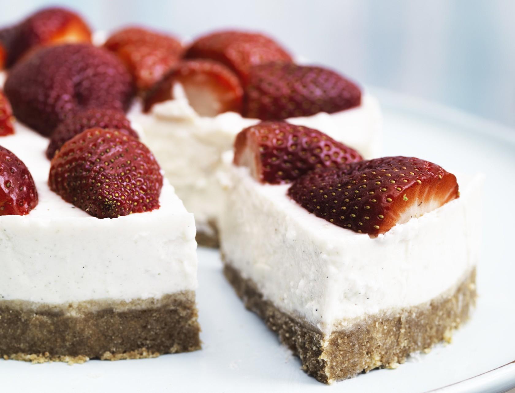 Koldskål-cheesecake. Den ultimative sommerdessert!