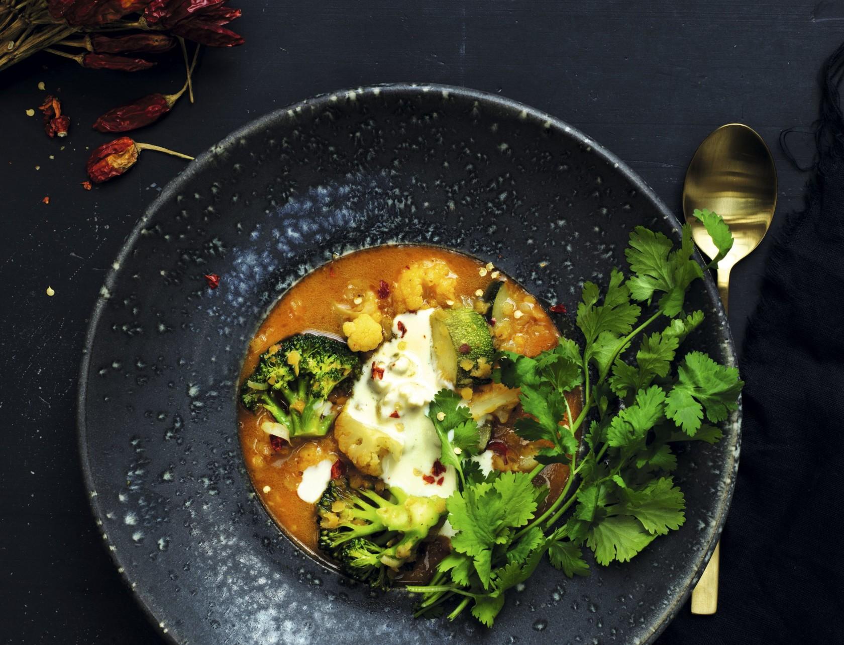 Indisk linsesuppe med grøntsager
