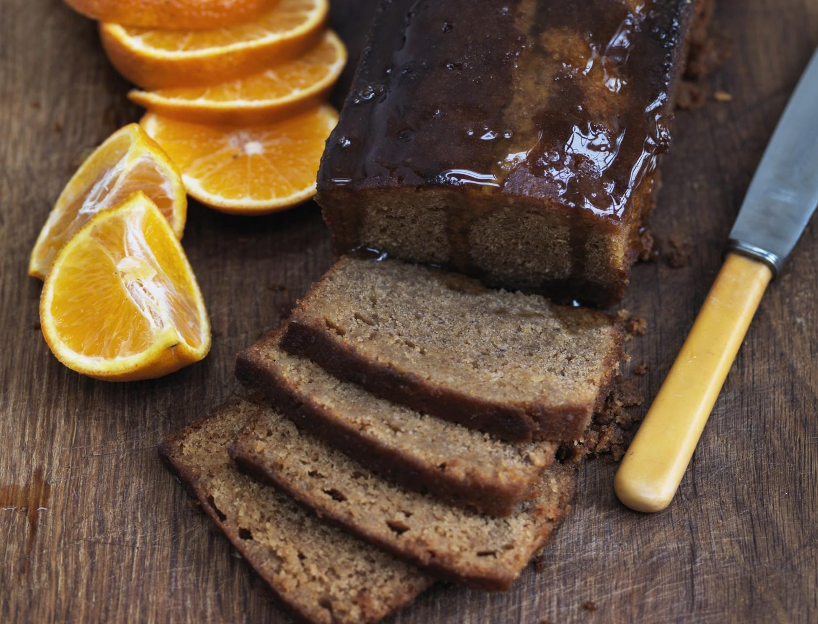 Verdens saftigste kage med appelsin og citron.