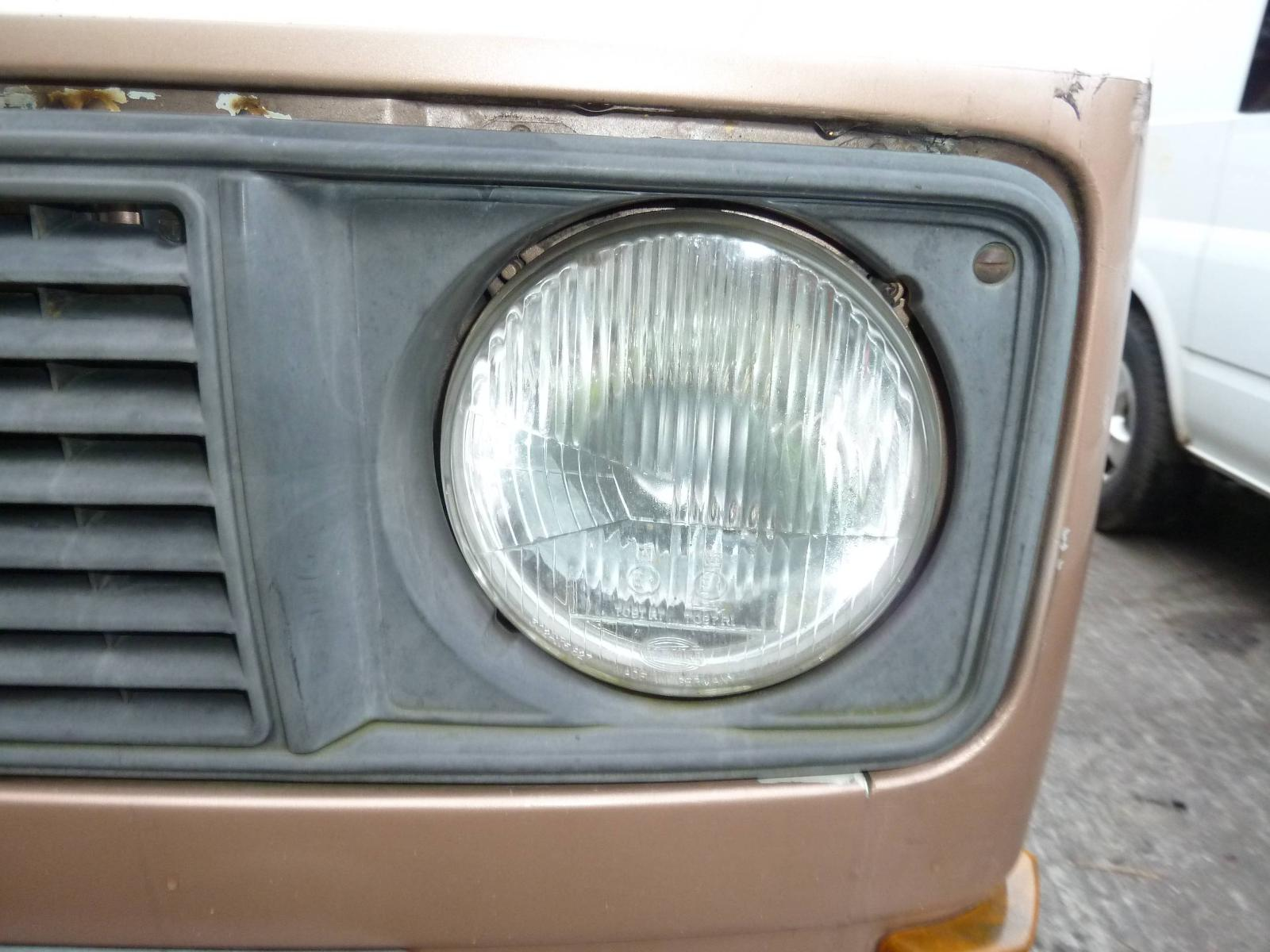 View Auto part L Headlamp VOLKSWAGEN TRANSPORTER 1984