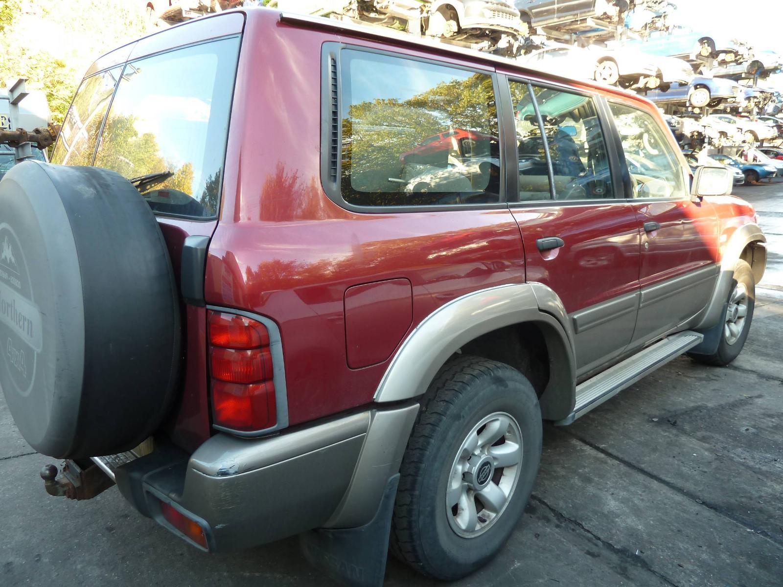 View NISSAN PATROL 2000 5 Door Hatchback