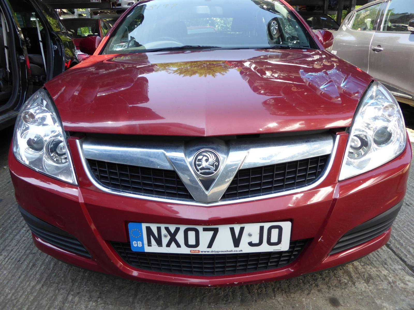 View VAUXHALL VECTRA 2007 5 Door Hatchback