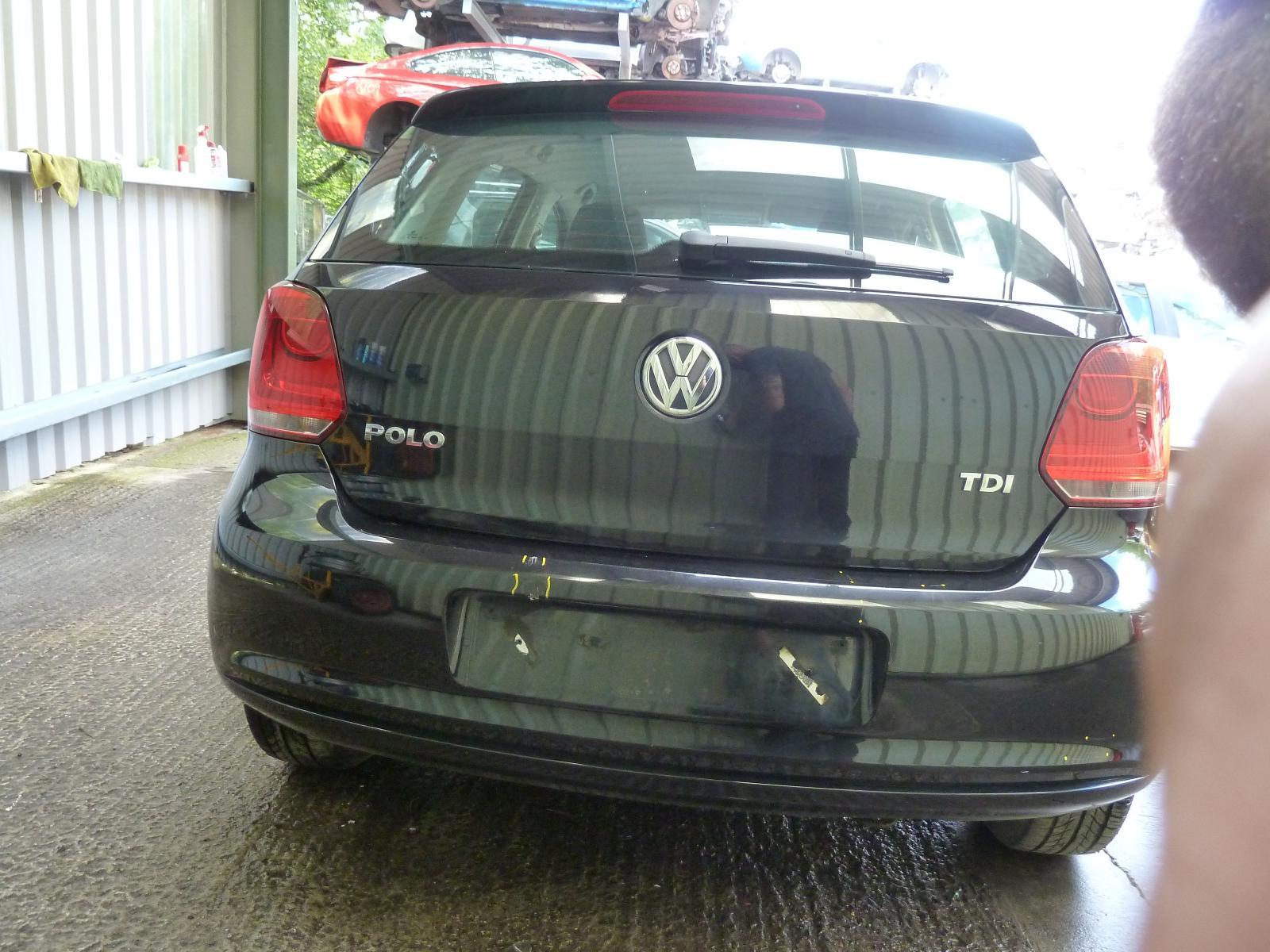 View VOLKSWAGEN POLO 2010 5 Door Hatchback
