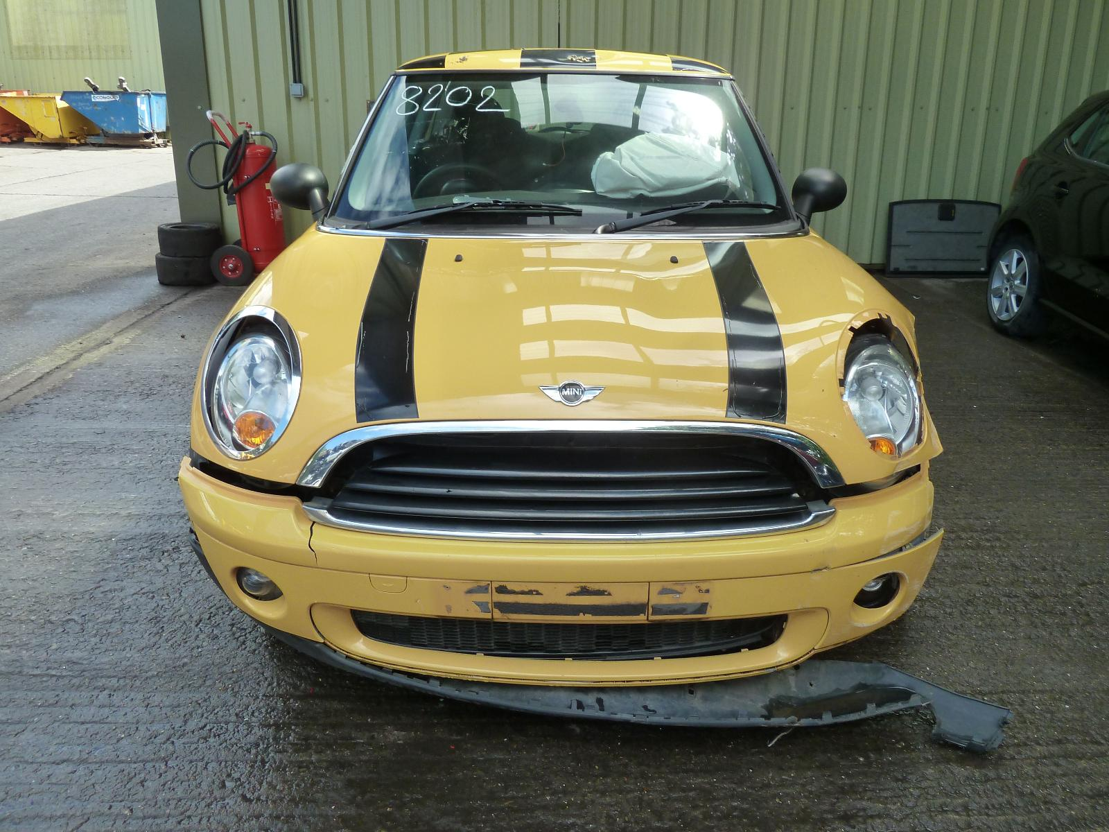 View MINI (BMW) MINI 2010 3 Door Hatchback