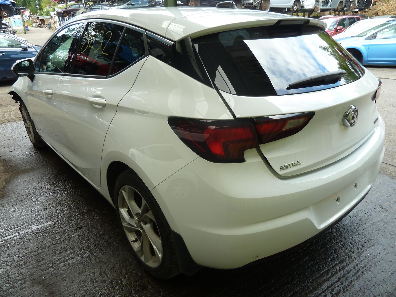 View VAUXHALL ASTRA 2018 5 Door Hatchback