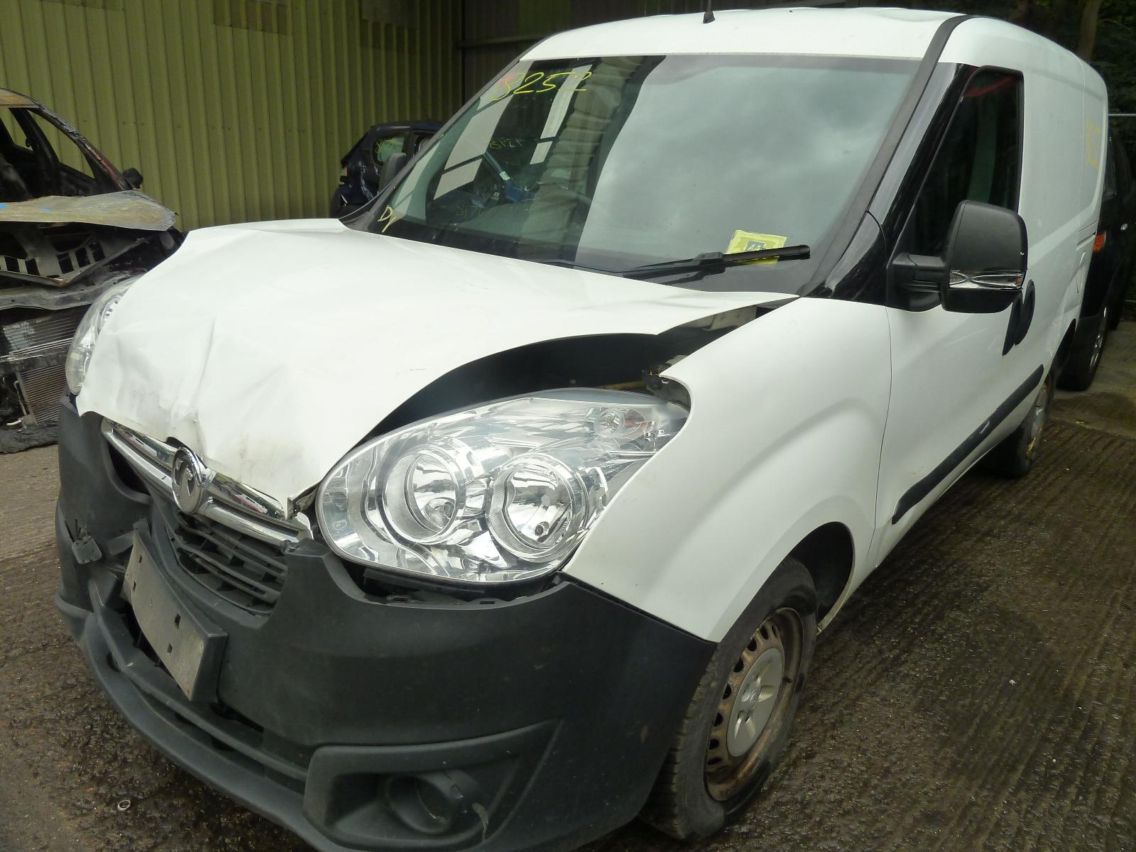 Image for a VAUXHALL COMBO 2015 Unknown Van