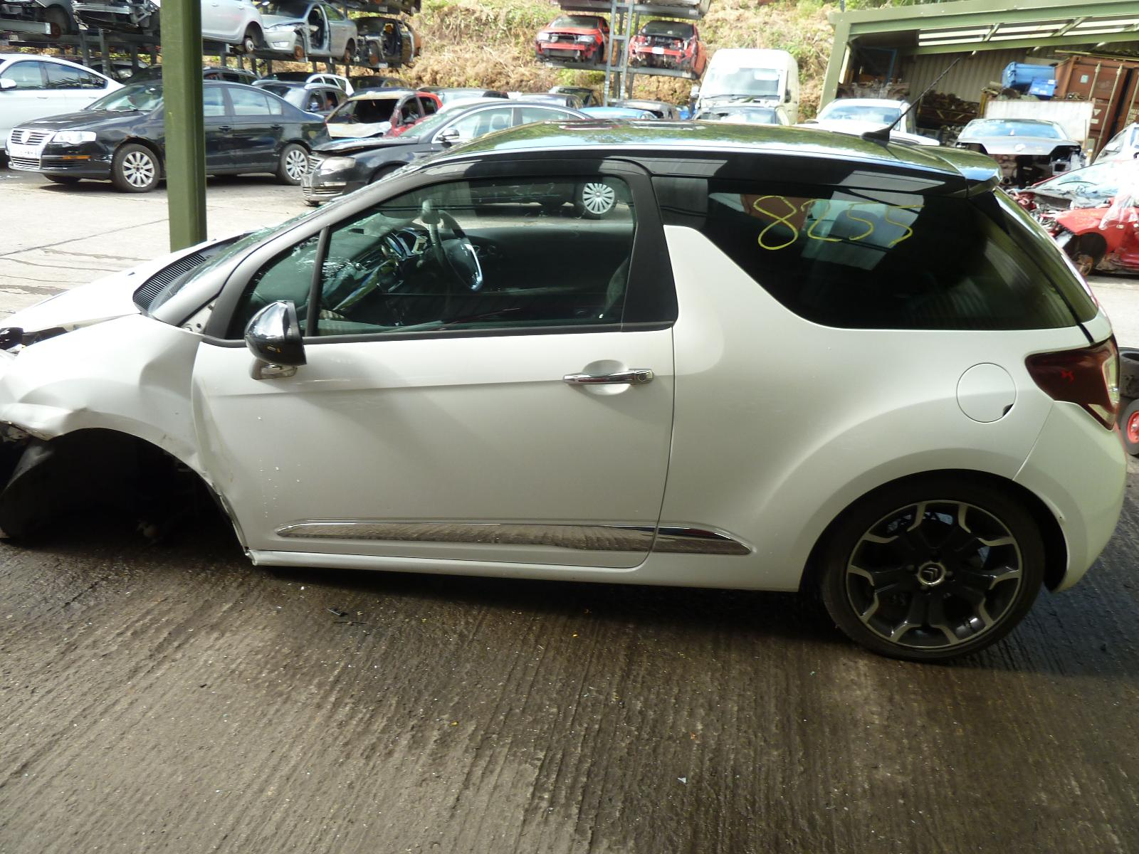 View CITROEN DS3 2013 3 Door Hatchback