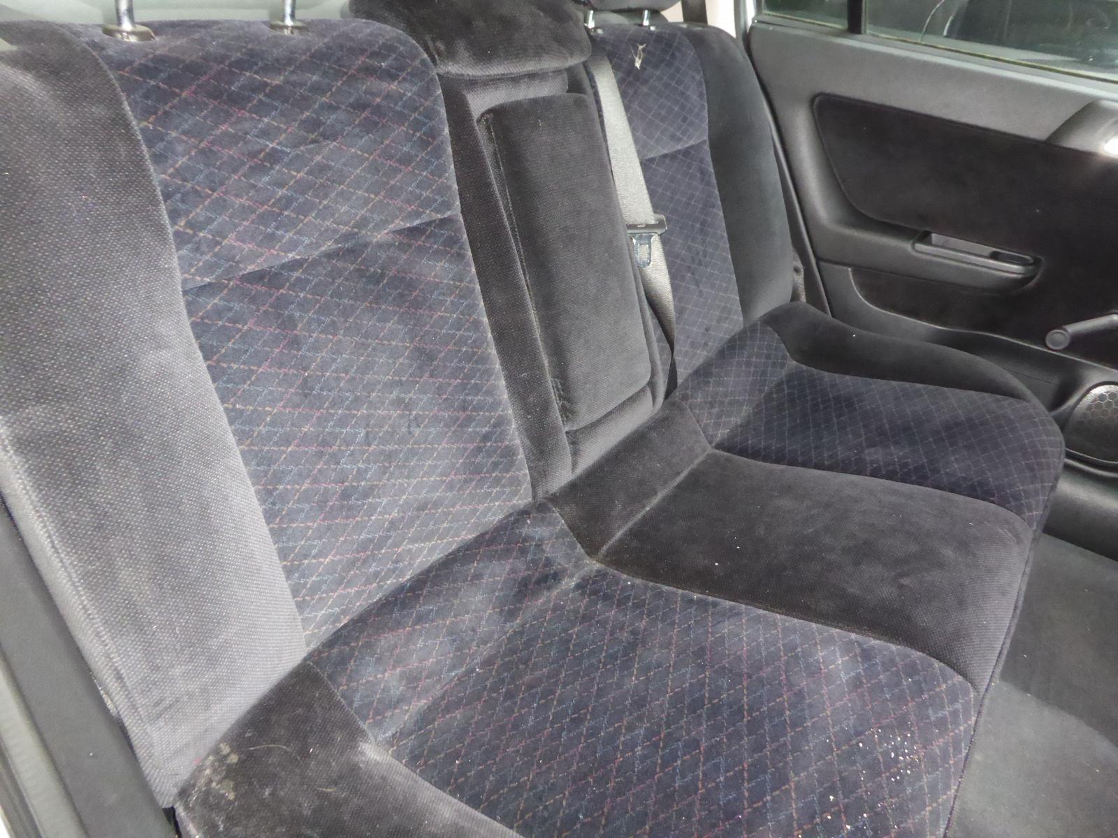 View VAUXHALL ASTRA 2000 5 Door Hatchback