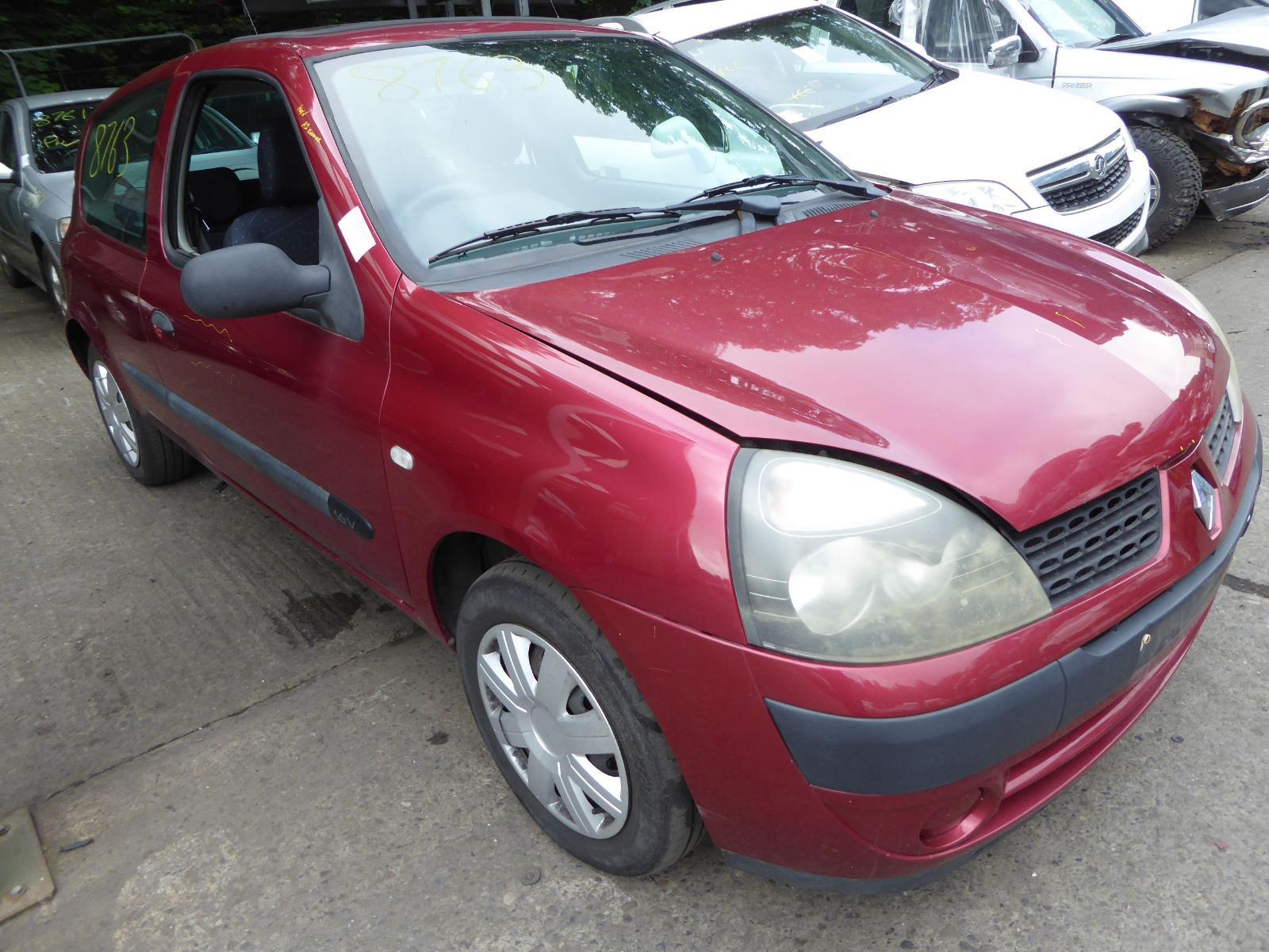 View RENAULT CLIO 2003 3 Door Hatchback