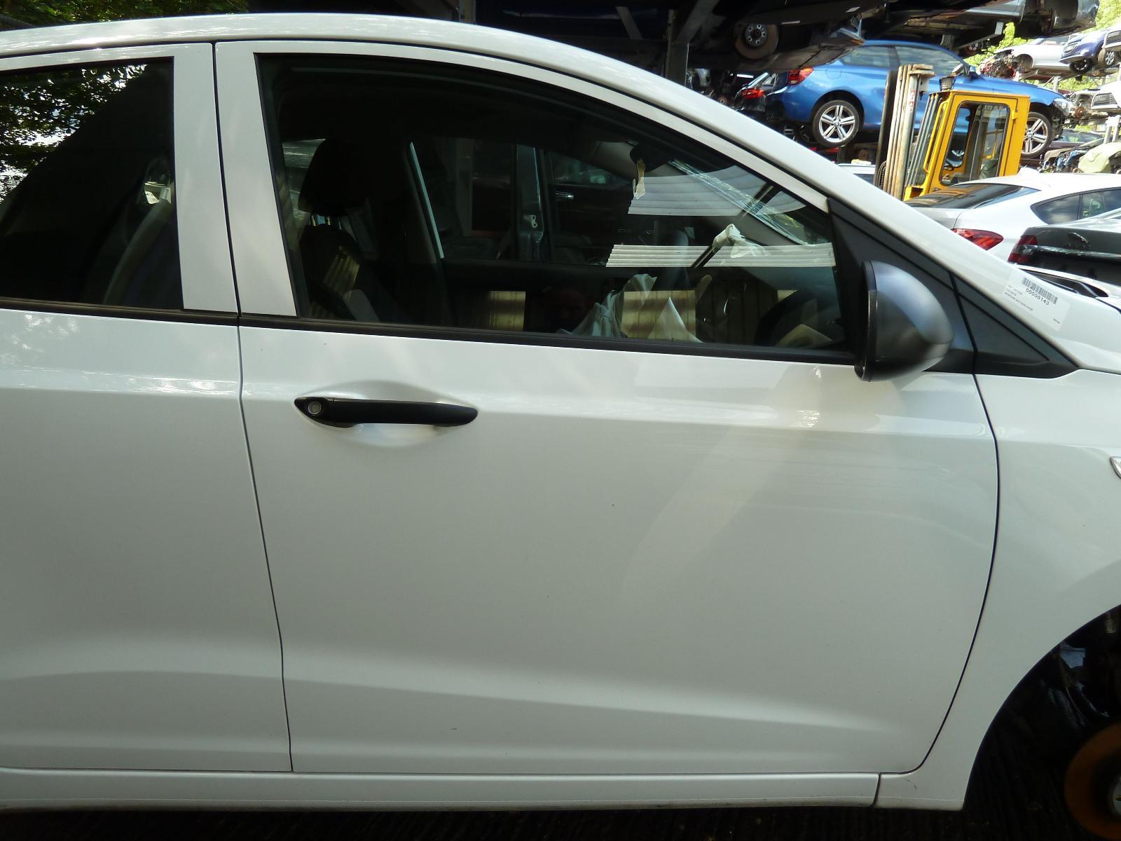View Auto part R Front Door HYUNDAI I10 2016